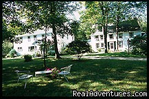 Summer on the front lawn - Romantic Weekends at Riverbend Inn