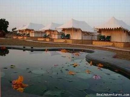 Mirvana Nature Resort near Jaisalmer: Royal Shikar Tents