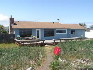 3 Crabs Beach House - Private Beach & Hot Tub Sequim, Washington Vacation Rentals