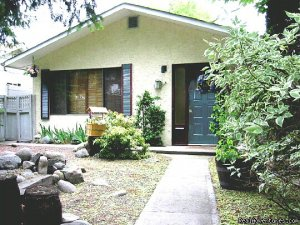 Penticton Holiday House Penticton, British Columbia Vacation Rentals