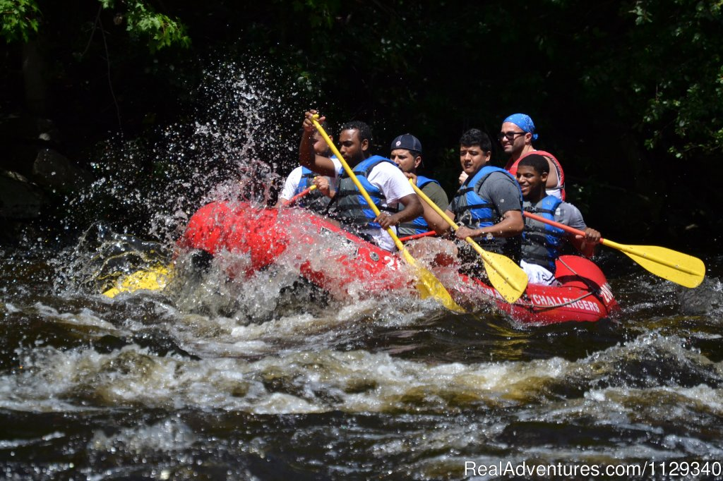 Friends Rafting on the Lehigh River | Image #15/26 | Lehigh River Whitewater Rafting in the Poconos PA