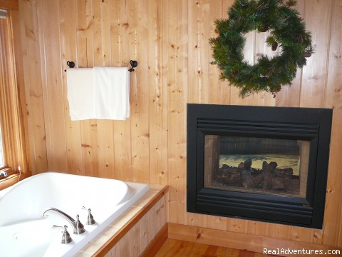 Relax in our whirlpool suite - Timberpine Lodge Bed & Breakfast