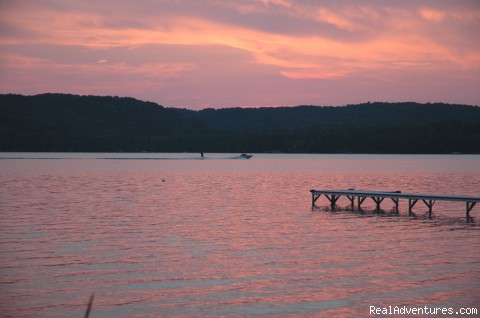 Northern Michigan Lakefront cottages: Lime Lake Sunset