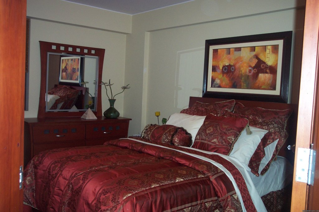 MASTER BEDROOM   | Image #3/10 |  Exclusive 2 Bedroom Apt 1 Block From Larcomar