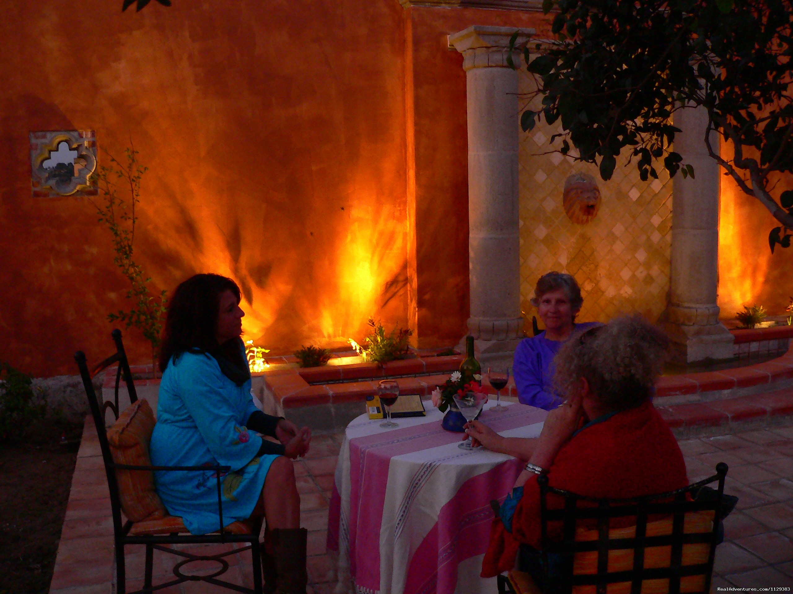 Evening Cocktails On The Fountain Patio | Image #15/22 | Mexican Home Cooking School boutique accommodation