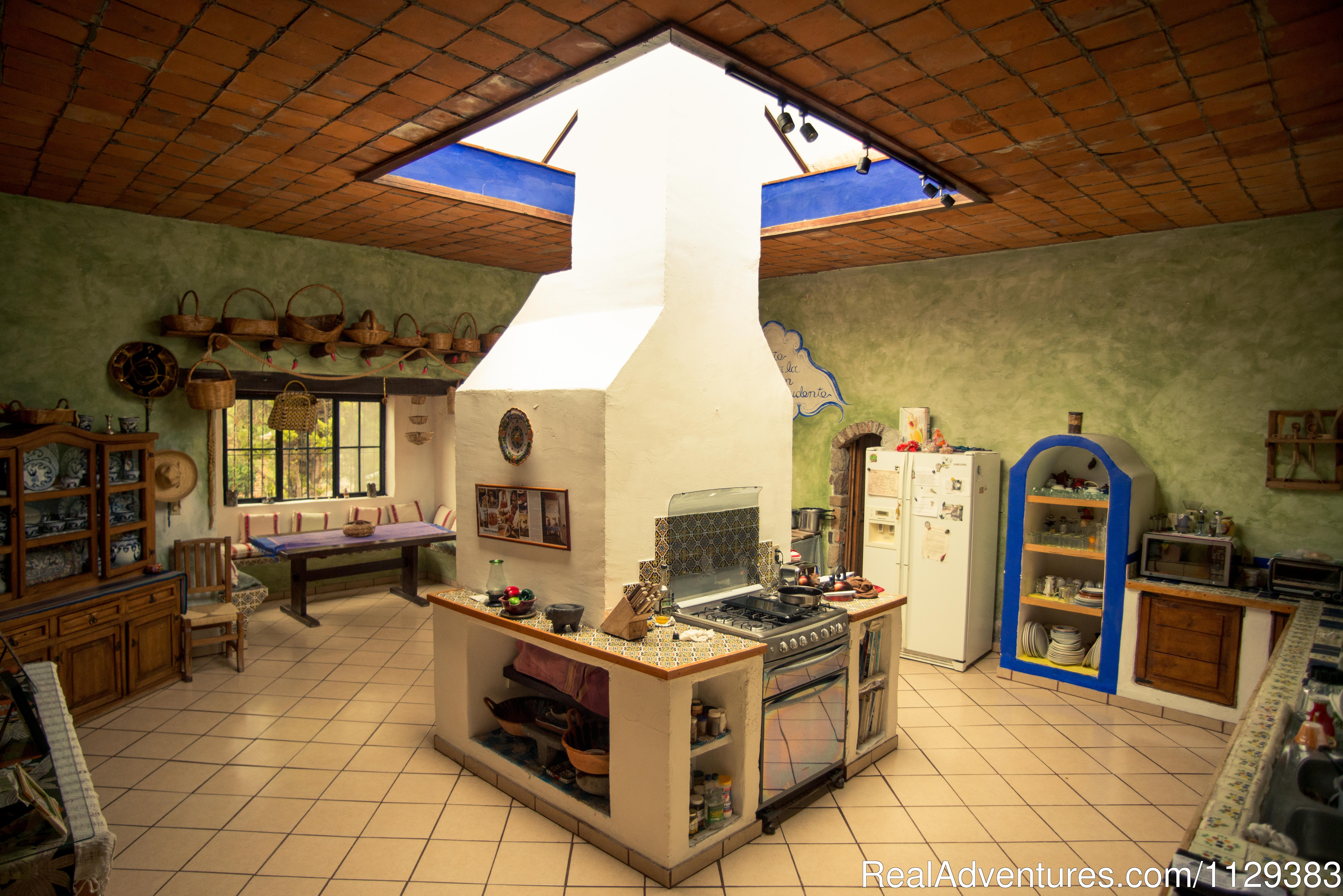 Casa Carmelita - Kitchen | Image #7/22 | Mexican Home Cooking School boutique accommodation