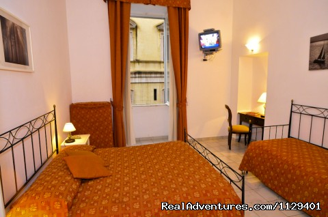 Quadruple room - Obelus B&B near the Colosseum in Rome
