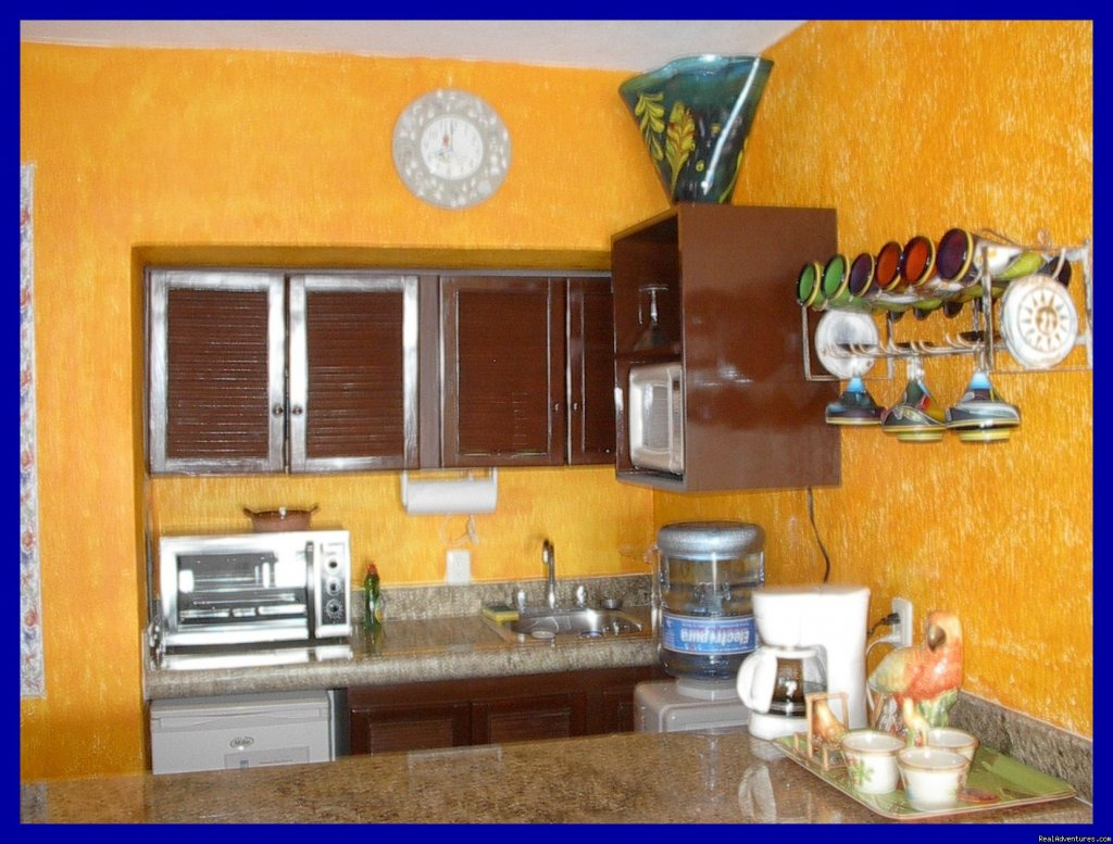Fully-equipped kitchenette! | Image #4/9 | Playa del Carmen Condo Vacation Rental Casita Azul