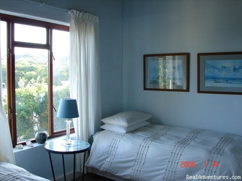 2nd Smaller twin bedroom - On the golf course in stunning St Francis Bay