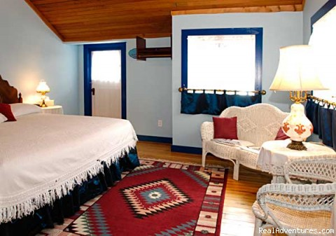 Superior Balcony Room - Relaxing Weekend Getaway At whispering Pines B & B