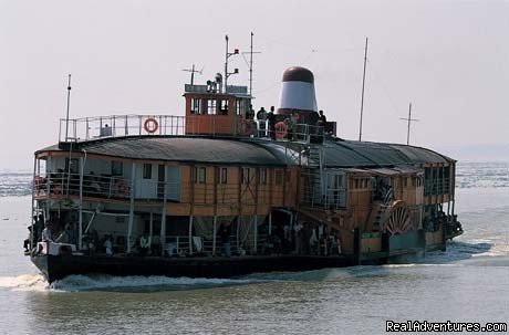 Historical Padle Steamer | Image #2/6 | Golden Bengal Tours (Tour operator)