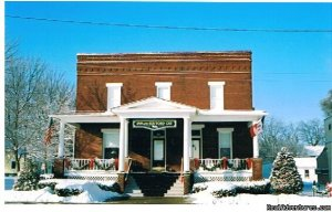 Take Life Slower at The Inn of the Six-Toed Cat Allerton, Iowa Bed & Breakfasts