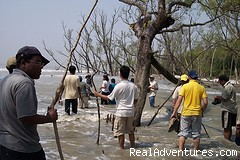 Tourist activity at Duvlarchar Sundarban - Adventure cruiseboat trip to mysterious SUNDARBANS
