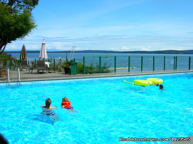 Fun at the pool for the entire family - Pacific Ocean Condo Getaways- Views, Pool, Jacuzzi
