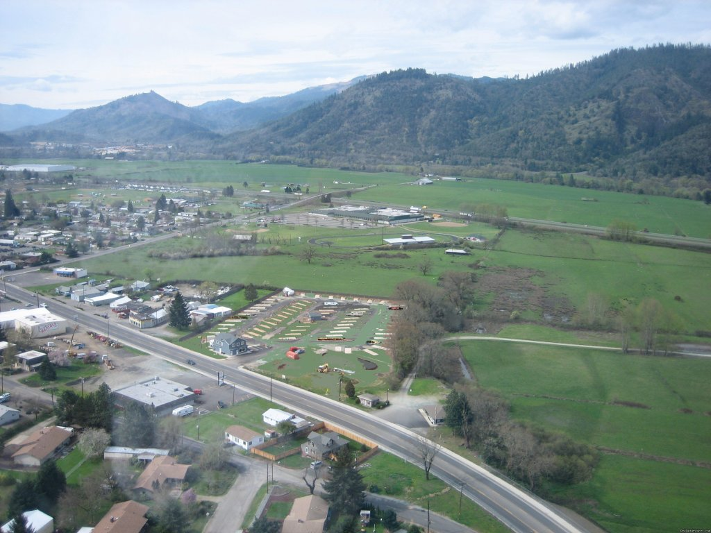 Aerial View of Park & surrounding area | Image #2/7 | Tri City RV Park, A Southern Oregon Getaway