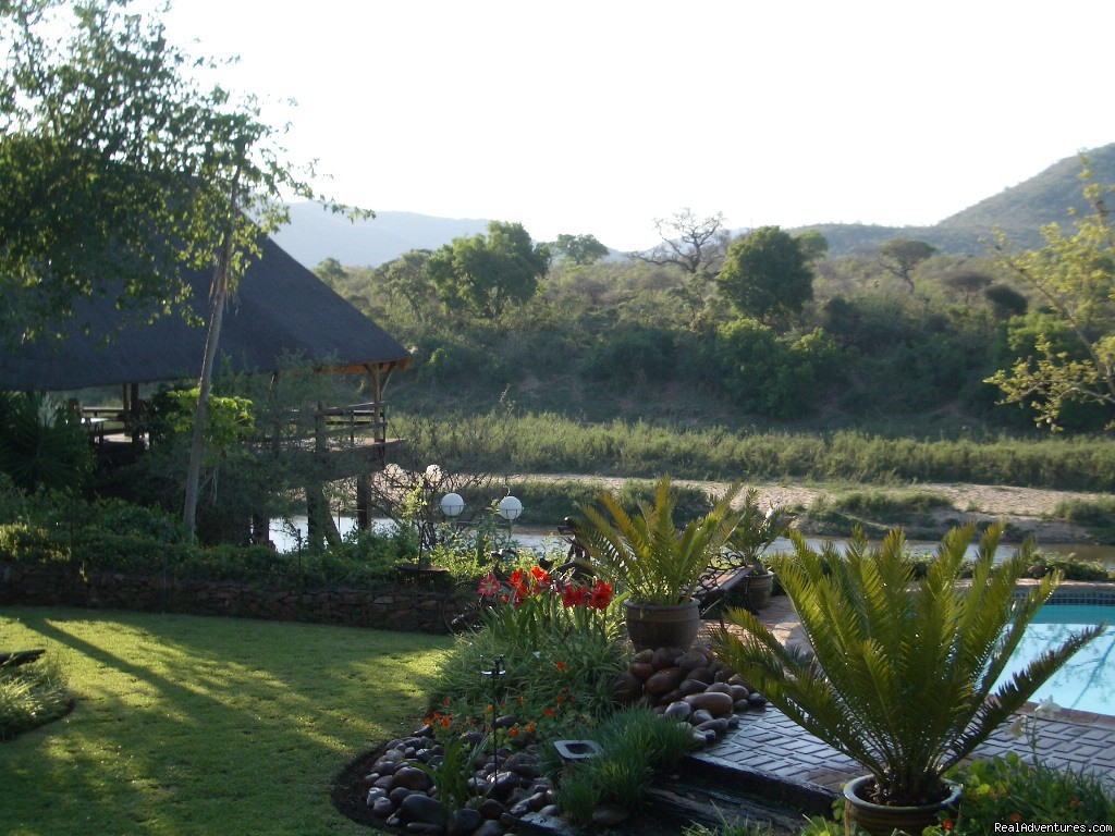 'Old fashioned' Country style lodge DINNER ,BED,B Malelane, South Africa Wildlife & Safari Tours