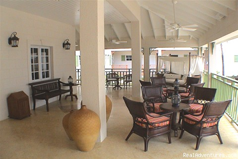 Lobby - Bay Gardens Beach Resort & Spa - Family Fun