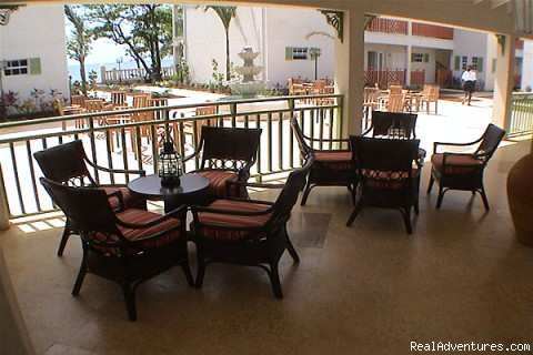 Lounge (#4 of 15) - Bay Gardens Beach Resort & Spa - Family Fun