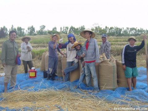 Local farmers infront of restaurant - Experience the true Thai country lifestyle, Sakaeo