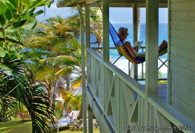 Relax in a hammock - Sea-U Guest House