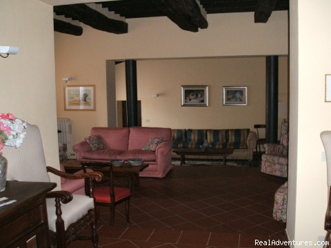 salon - charming B&B among Brunello vineyards