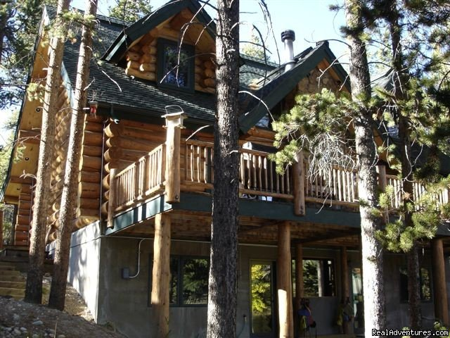 We have lakefront, majestic views and secluded houses, cabins and condos.