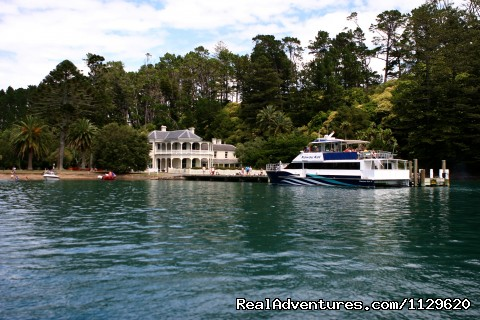 Historic Mansion House - Island Retreat - Kawau Island Experience