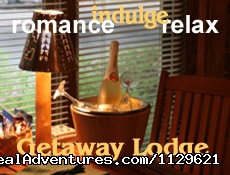 Getaway Lodge offers luxury suites for couples romance. - 2 Lodges/2 lodging styles. Relax,retreat,romance.