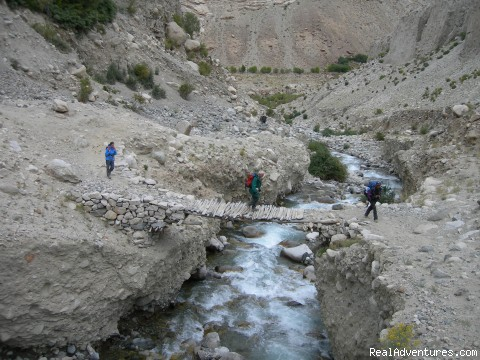 Trekking in around Ladakh - Trekking,Expedition and Family Holiday in Ladakh.