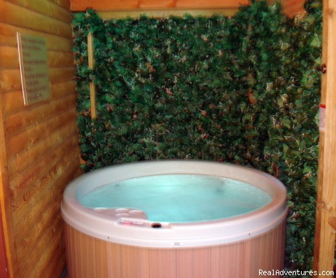 Hot Tub - Serenity Log Cabins