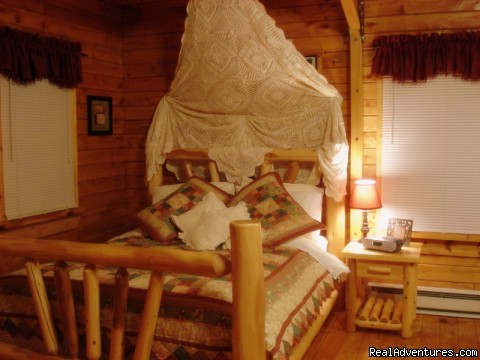 Country Charm Bed - Serenity Log Cabins