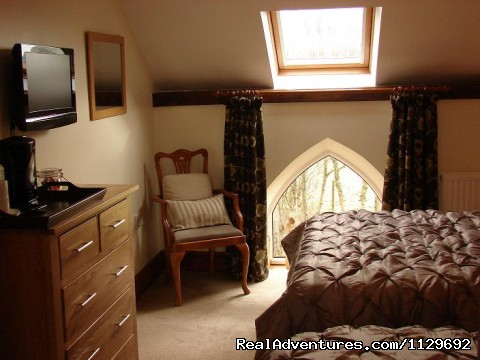 Room 4 Family Room - Biddulph's Best Bed and Breakfast Accommodation
