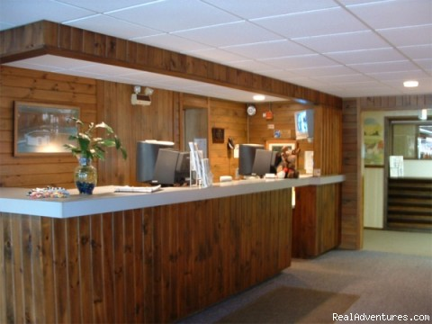 Front Desk - The Colonial Inn
