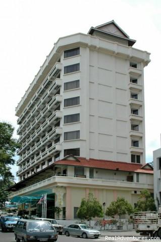 Hotel Sandakan: Front View