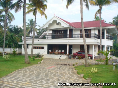 Holidays at Kerala homestay in a scenic village: