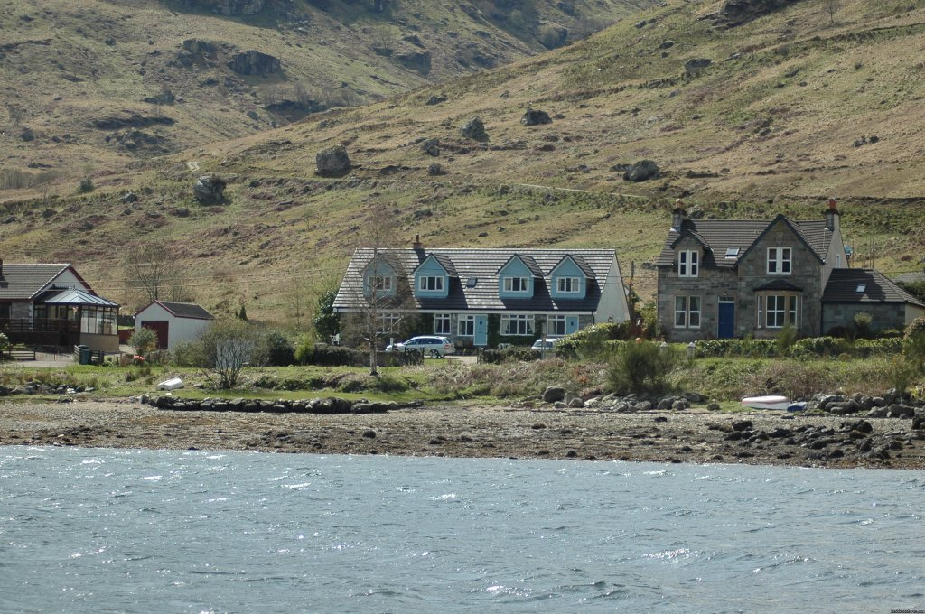 rowan house from loch goil | Image #2/10 | Lochside Accomodation In A Rural Location