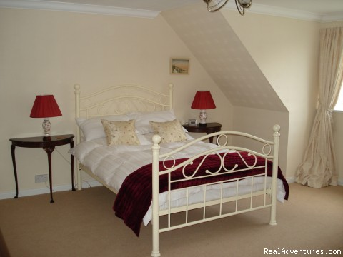 double room with loch view - Lochside Accomodation In A Rural Location