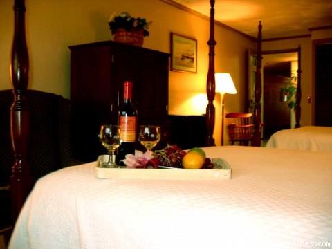 Standard Room - New England Seacoast Getaway