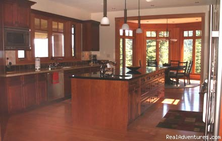State of the Art Kitchen - Aloha Whistler Accommodations