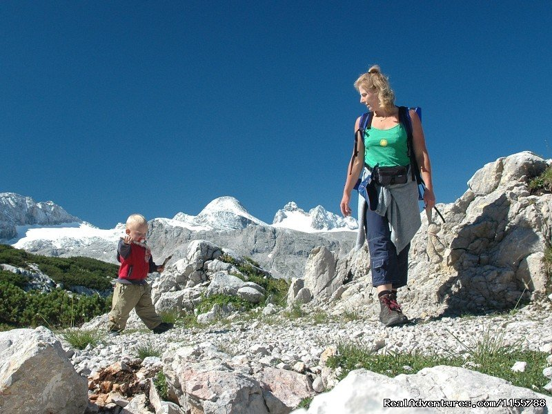 Walking on the Dachstein plateau | Image #10/11 | Cycling and walking holidays in Europe