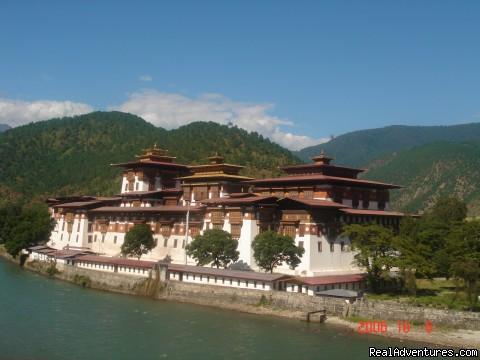 Bhutan - Tour & Treks in Darjeeling, Sikkim, Nepal, Bhutan