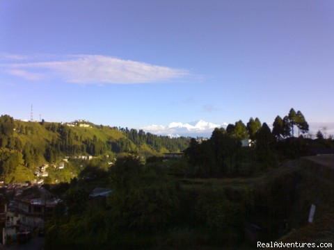 Back from Tiger Hill - Darjeeling - Tour & Treks in Darjeeling, Sikkim, Nepal, Bhutan