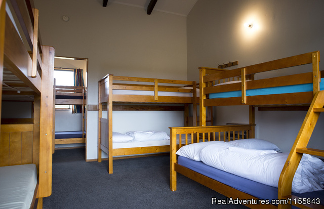 Large Standard Cabin - Glentanner Park Centre Mount Cook New Zealand