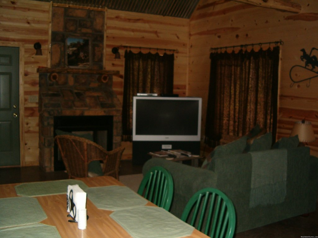 Lucky Star Cabin | Image #7/12 | Five Star Cabins (A Mountain Getaway)