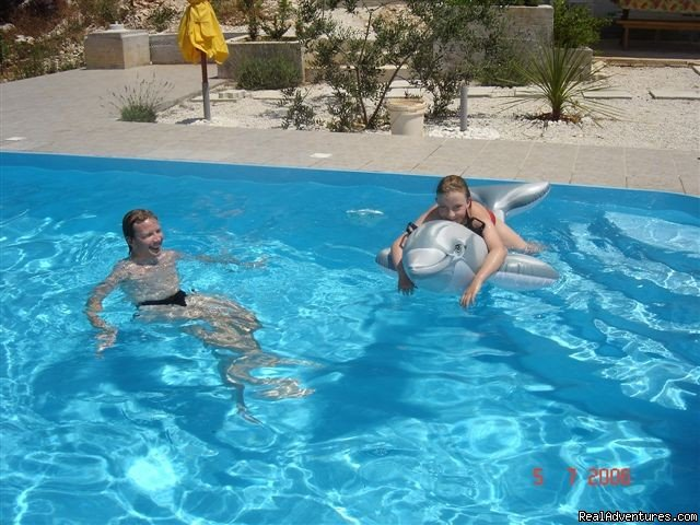 Children In Pool | Image #7/14 | Quiet location-Near Beach-Pool-Near town Center