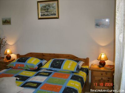 Bedroom - Quiet location-Near Beach-Pool-Near town Center