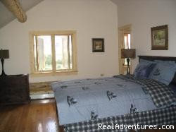 Loft bedroom with private bath & sitting area - Romance & Adventure at the Montana Beartooth Cabin