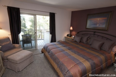 The Ravens Haven Bedroom - Ketchikan's Finest Waterfront Vacation Rental B&B