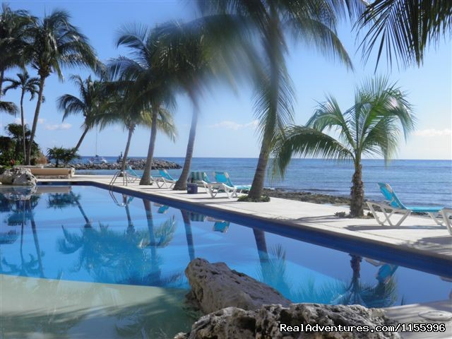 - Puerto Aventuras beachfront vacation rental