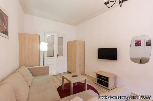 - Comfort Studio+ 2 BIKES